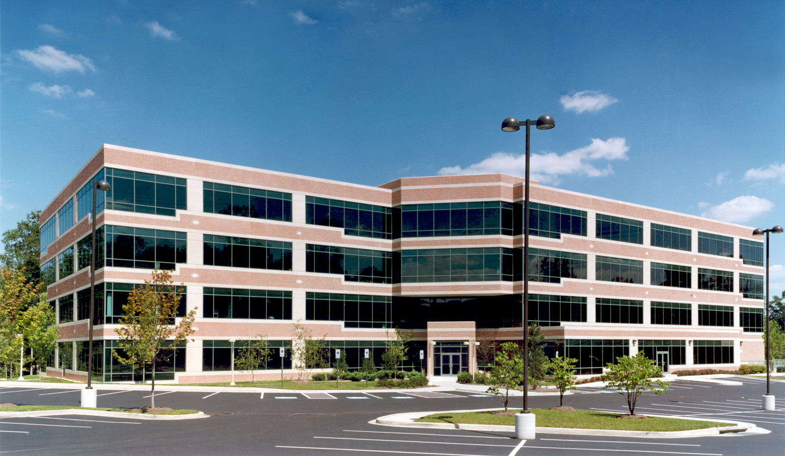 Woodlands columbia md slenderwall precast concrete panels for Builders in md