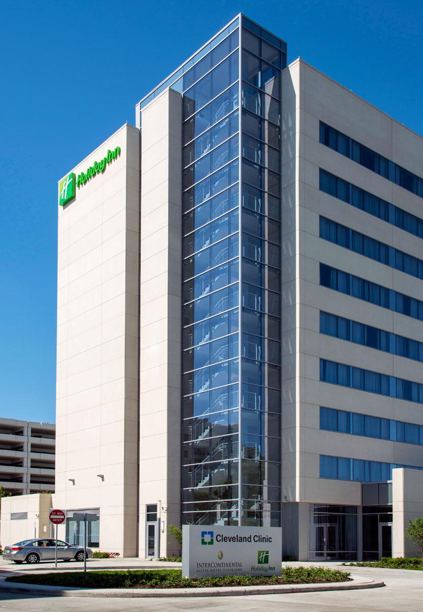 Slenderwall Cleveland Clinic Holiday Inn 4